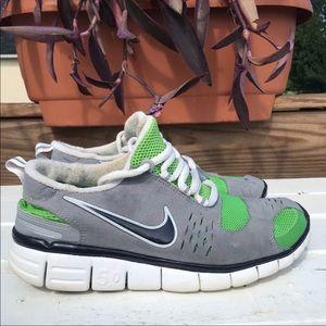 Nike free 5.0 men's green gray running shoes Sz 9